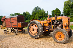 Vecchio trattore fotografie stock