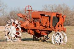 Vecchio trattore arancione Immagine Stock Libera da Diritti