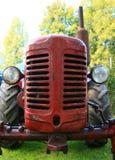 Vecchio trattore del veterano Fotografie Stock Libere da Diritti