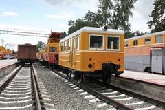Vecchio treno alla ferrovia Immagini Stock Libere da Diritti