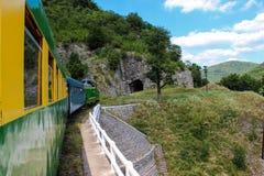 Vecchio treno del treno da Oravita a Anina immagine stock libera da diritti
