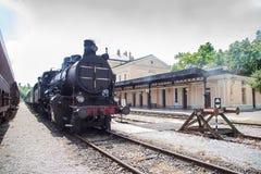 Vecchio treno a vapore in funzione immagine stock libera da diritti