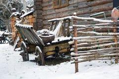 Vecchio vagone all'iarda nella neve Immagine Stock