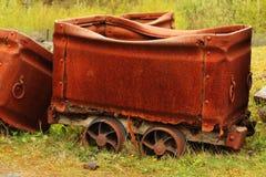 Vecchio vagone arrugginito del carbone Immagini Stock Libere da Diritti