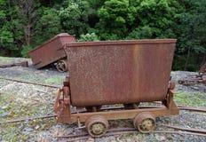 Vecchio vagone arrugginito di estrazione mineraria Immagini Stock Libere da Diritti