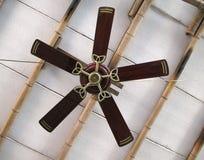 Vecchio ventilatore di soffitto immagine stock libera da diritti