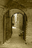 Vecchio vicolo della città Fotografie Stock Libere da Diritti