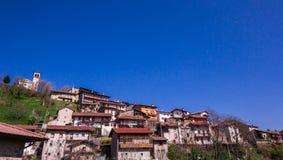 Vecchio villaggio dell'Italia Fotografie Stock Libere da Diritti