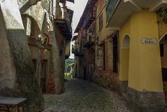 Vecchio villaggio italiano Immagine Stock
