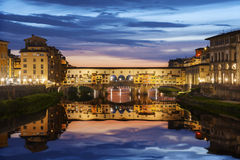 Vecchiobrug van Ponte in Florence Stock Afbeeldingen