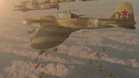 Vechtersstralen van tweede wereldoorlog IL-2 vliegende wig stock footage