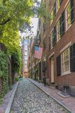 Vecindad con las piedras viejas del adoquín, Boston céntrica de Beacon Hill Imagenes de archivo