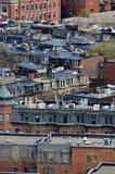 Vecindad de los tejados de los edificios de Boston Imagen de archivo libre de regalías