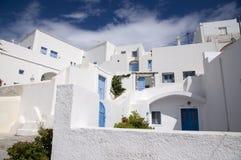 Vecindad griega típica Imágenes de archivo libres de regalías