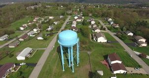 Vecindad occidental típica de Pennsylvania de la visión aérea almacen de metraje de vídeo