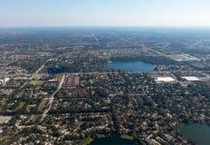 Vecindad residencial de la ciudad de la visión aérea Imágenes de archivo libres de regalías