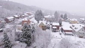 Vecindad residencial de levantamiento de Pennsylvania de la opinión aérea Nevado metrajes