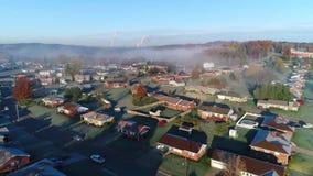 Vecindad típica de establecimiento aérea de levantamiento de Pennsylvania del tiro de la mañana almacen de metraje de vídeo