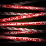 Vecteur de bande de danger Lignes rouges et blanches Ne croisez pas, danger, n'entrent pas, avertir Fond foncé illustration stock