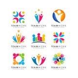 Vecteur de conception de logo de travail d'équipe conception organisationnelle de logo illustration de vecteur