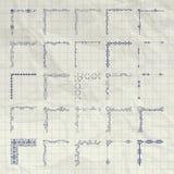 Vecteur Pen Drawing Outlined Corners décoratif sur le papier chiffonné Images libres de droits