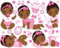 Vecteur réglé avec des bébés, des jouets et des accessoires d'Afro-américain Image stock