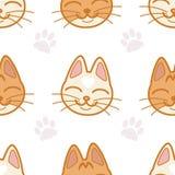 Vector безшовная картина с милыми намордниками ` s кота и следы ноги на белой предпосылке Бесплатная Иллюстрация