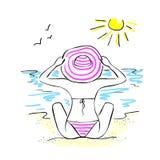 Vector иллюстрация сделанная вручную, девушка в шляпе сидит на пляже на предпосылке моря бесплатная иллюстрация