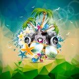 Vector иллюстрация летнего отпуска на теме музыки и партии с дикторами и солнечными очками на абстрактной предпосылке треугольник Стоковая Фотография