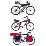 Vector плоский комплект путешествовать велосипеды с bikepacking шестерней Стоковая Фотография