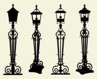 Vector 01 de la luz de calle de los candelabros libre illustration