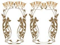 Vector abstract kader van de verbindende installaties en de bloemen Stock Afbeeldingen