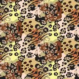 Vector abstract seamless pattern with animal skin motifs. vector illustration