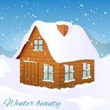 Vector Bild des Holzhauses, das mit Schnee in einer schönen Natur bedeckt wird Karte der frohen Weihnachten und des guten Rutsch  Lizenzfreie Stockfotos