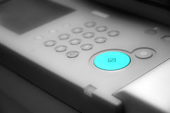 Vector blanco y negro del comando con el botón verde Fotos de archivo