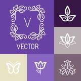 Vector bloemenemblemen in overzichtsstijl vector illustratie