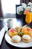 Vector de desayuno en el hotel Imágenes de archivo libres de regalías