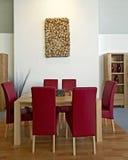 Vector de madera con las sillas de cuero Fotografía de archivo