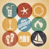 Vector de zomeraffiche die van pictogrammen wordt gemaakt Stock Foto