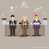 Vector den Geschäftsmann denkt die Arbeit zur weiten Welt mit Arbeitsplätzen und Vorderansicht des Papiers Lizenzfreies Stockbild