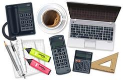 Vector determinado de la colección de la oficina del escritorio del negocio realista El ordenador portátil, el cofee, el teléfono libre illustration