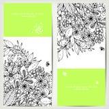 Vector die Illustration der Karte mit Blumenfahnen Zen Tangle und kritzeln Stockfotos