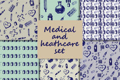 Vector doodle seamless paterns. Medicine icons set Royalty Free Stock Photos