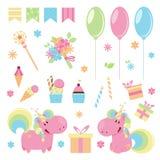 Vector el ejemplo de unicornios rosados lindos con los elementos del feliz cumpleaños foto de archivo
