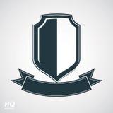 Vector el escudo gris de la defensa con la cinta curvy estilizada Imágenes de archivo libres de regalías