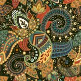 Vector el modelo inconsútil Ornamento floral indio Papel pintado decorativo colorido Paisley y plantas Ilustración del vector ilustración del vector