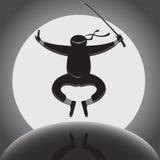 Vector el ninja sobre fondo de la Luna Llena stock de ilustración