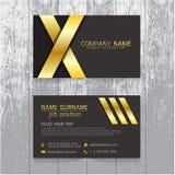 Vector el oro creativo de la tarjeta de visita de la hoja y el diseño negro de texto Fotografía de archivo libre de regalías