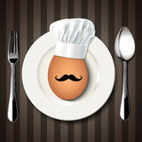 Vector el solo cocinero Egg en una placa blanca con la cuchara y la bifurcación en B Foto de archivo libre de regalías