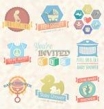 Vector fijado: Etiquetas e icono de la invitación de la fiesta de bienvenida al bebé Imagenes de archivo
